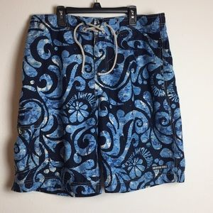 American Eagle swimming trunks size 33